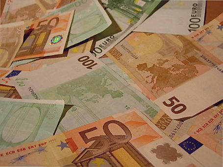 Кризис: Украинцы скупают валюту